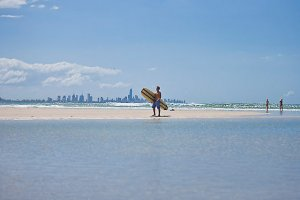 Surfers Paradise Beach Acccommodation Surfers Tradewinds