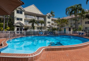 Surfers Tradewinds 11