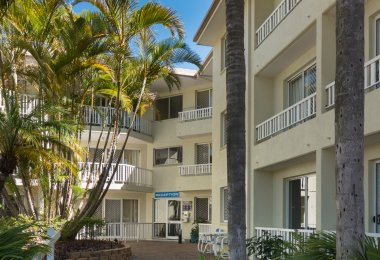 Surfers Tradewinds 20